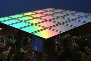 De que estan hechos los paneles solares