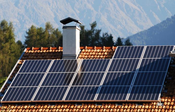 INTRODUCCIÓN A LA ELECTRICIDAD SOLAR